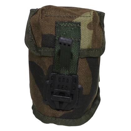 Granaat pouch in DPM camouflage van het Nederlandse leger. Gebruikt maar in goede staat. Bevestiging aan een molle basis.