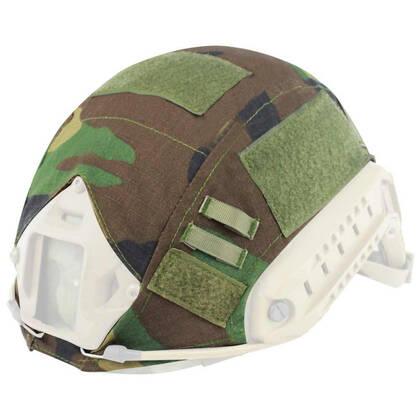 DragonPro Helm cover woodland gemaakt van nylon met ripstop-afwerking.