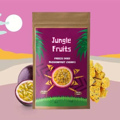 Jungle Fruits Passievrucht, ook wel maracuja genoemd, is een superfruit afkomstig uit Zuid-Amerika. Het heeft een licht zoetzure smaak. Deze unieke vrucht zit vol met antioxidanten, vitamine A & C en is ook een fantastische bron van kalium.